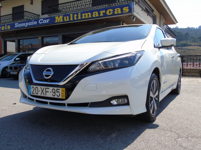 Nissan Leaf 40 kWh 150cv N-Connecta GPS IVA DEDUTIVEL